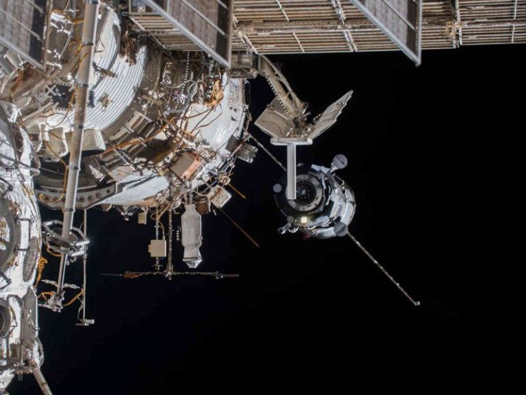 international space station_ccr