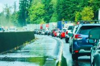 Traffic is backed up on interstate 5 south of Mayton