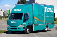 Trucking_Goes_Electric_Accelerating_Toward_A_Greener_Future