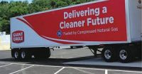 Giant_Eagle-natural_gas_powered_truck
