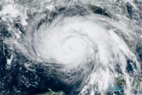 Intensifying_Hurricane_Ida_a_significant_threat_to_key_infrastructure