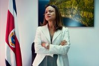 Andrea Meza's climate agenda includes a decarbonization plan that aims to reach a low-emission economy by 2050.