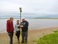 professor_oakley_and_eastern_ees_alumni_jennifer_croteau_and_madie_varney_measuring_changes_at_napatree_point